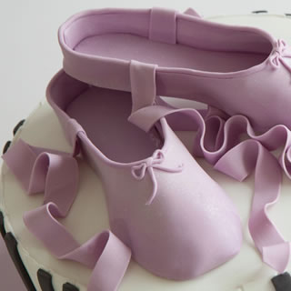 elena ballet=cake