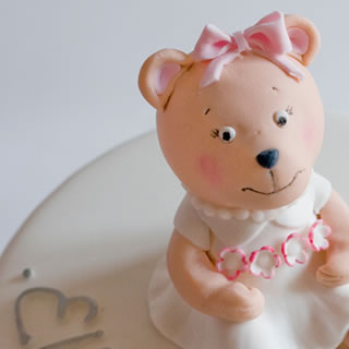 ellie bear-cake