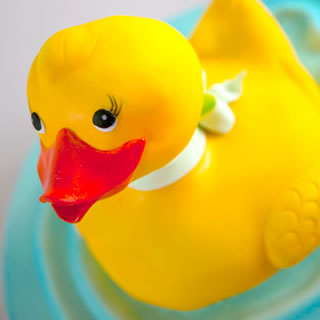 rubber ducky-cake